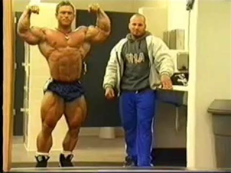 Lee Priest posing and training arms 2000 - YouTube